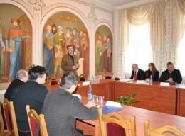 """Круглий стіл """"Україна 2010: діагноз, прогноз, терапія?"""""""